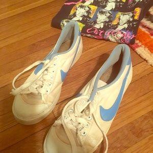 Cool vintage Nikes